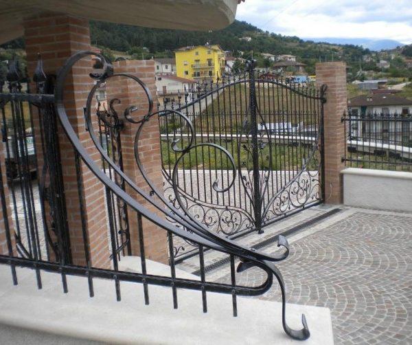Cancello carraio tipo 7 orma fabbro cancelli finestre ferro battuto lavorazione del ferro - Cancelli x finestre ...